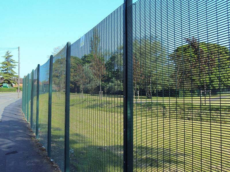 358 Mesh Fence Has High Security And Anti Corrosion Features